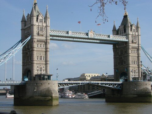 Le Tower Bridge 2