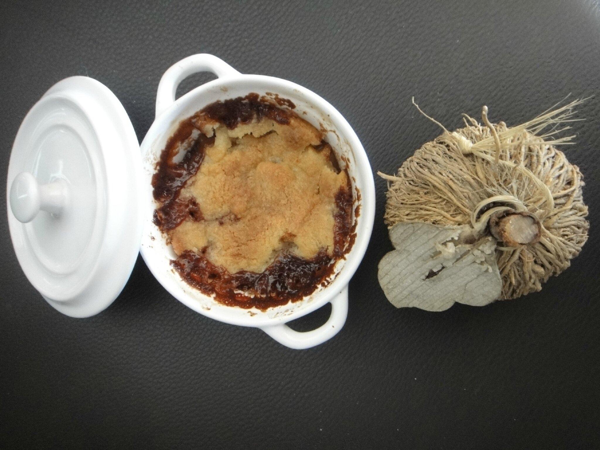 Irrésistible crumble poire, pomme et carambar