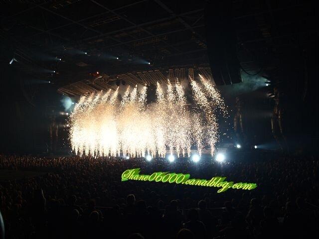début du concert Tour 66 le 18-10-2009