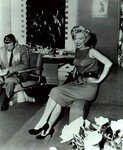 1954_04_15_Hollywood_031_Sit_020_Sofa_010