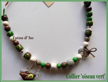 collier oiseau vert