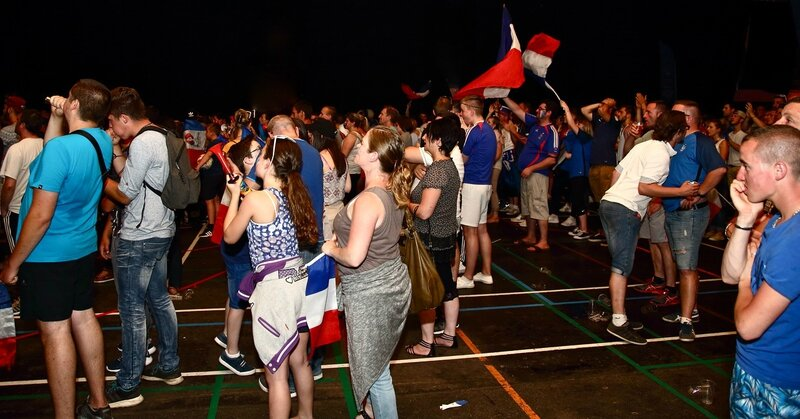 FRANCE - PORTUGAL 2016 SUPPORTERS fin de match