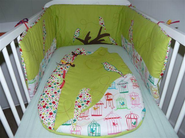 la chambre d 39 antoine les filles qui piquent. Black Bedroom Furniture Sets. Home Design Ideas