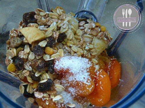 Smoothie aux fruits secs (4)