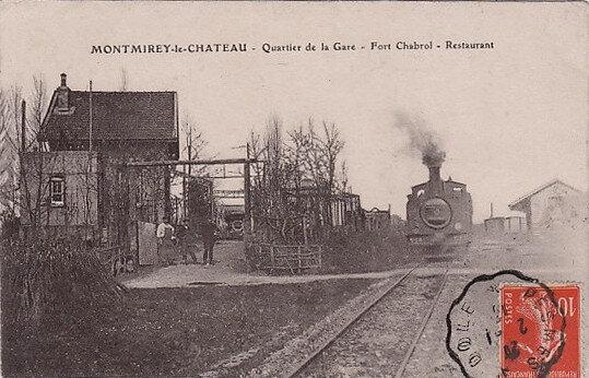 montmirey-le-chateau-quartier-de-la-gare-restaurant