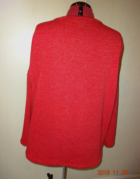 pull oversize rouge 4
