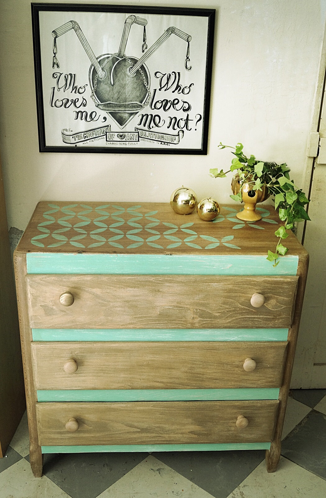 Commode vintage décor rosaces #relooking