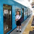 Blue train girl, JR 201, Nara eki