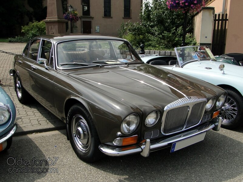 daimler-sovereign-4,2-1972-1