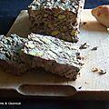 Terrine aux foies de volaille et aux pistache