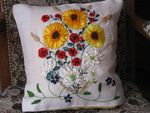 Coussin_Broderie_au_ruban_1