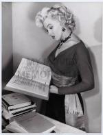 1952-12-03-MONROE__MARILYN_-_1952_DEC_8_MAX_REINHARDT_PAPERS_SHE_PURC