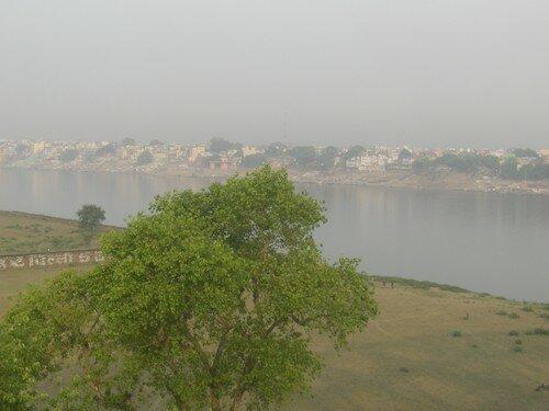 Arrivee a Varanasi