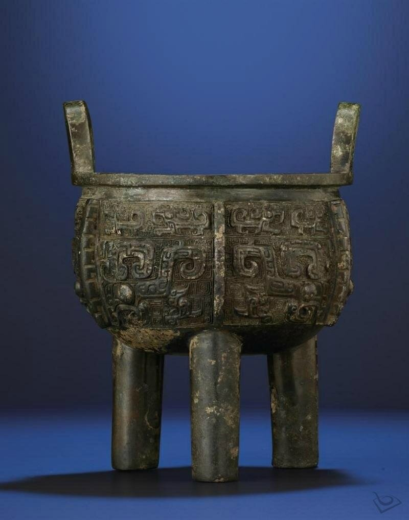 A rare archaic bronze tripod censer,ding, Late Shang dynasty (1600-1100 BC)