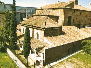 Santa_Croce_in_Gerusalemme_ja