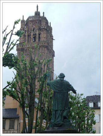 Rodez cathedrale statue