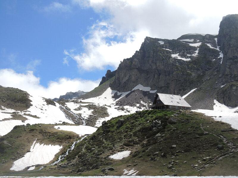 Lacs d'Ayous, refuge d'Ayous (64)