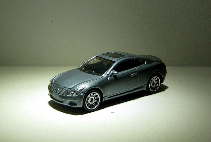 Infinity G37 coupe (Matchbox 2017) 01