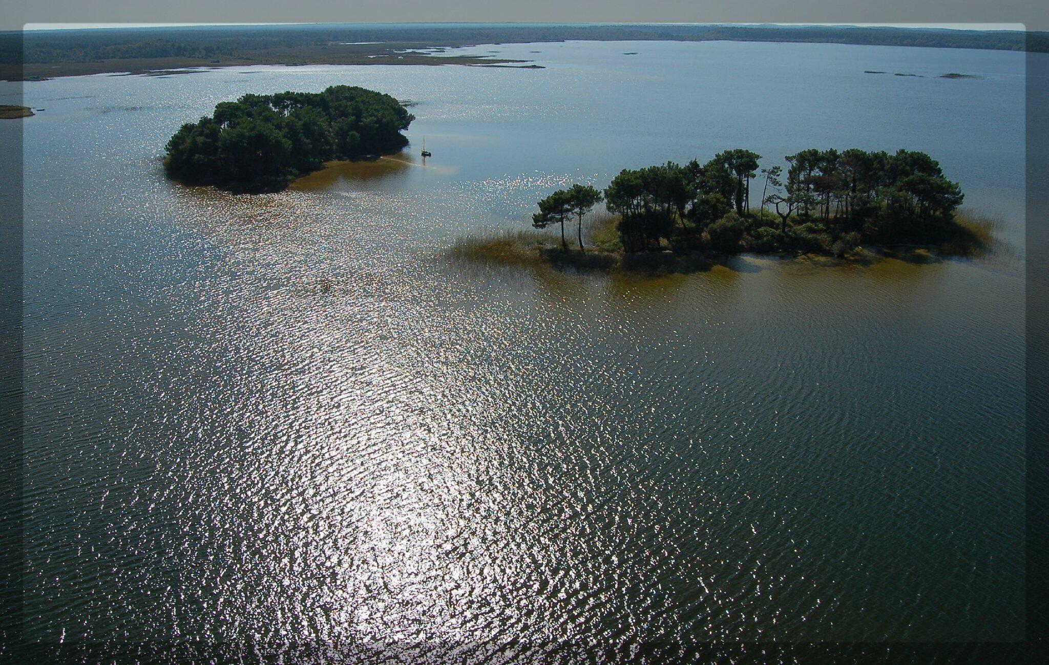 îles aux oiseaux et partie sud du lac