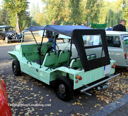 Austin mini moke (Retrorencard octobre 2011) 02