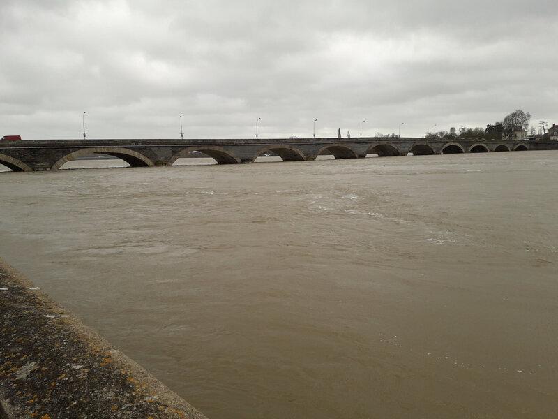 vue du Pont Dumanacus à l'horizon