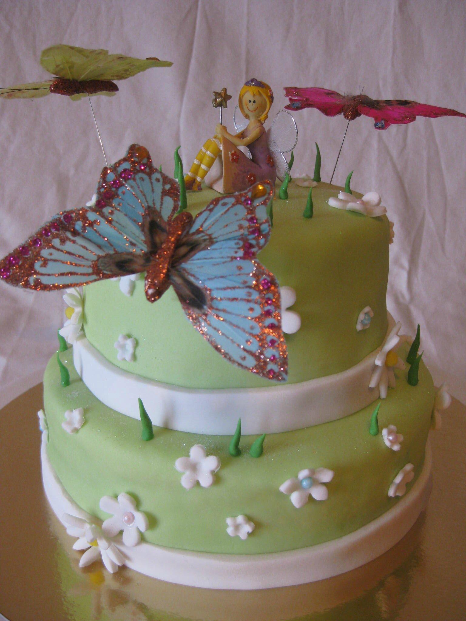 Gâteau fée et papillons prairie