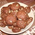 Biscuits croquants aux amandes et au chocolat