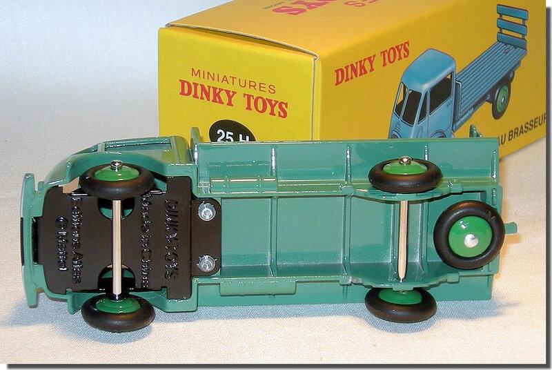 17 Dinky Atlas Ford plateau brasseur A 3