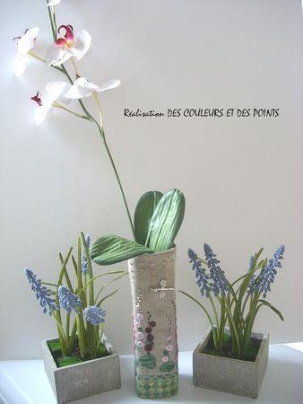 Housse de vase avec les ROSES TREMIERES 2009 DE ATTALI