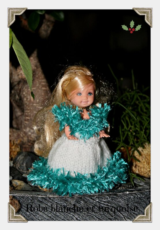 Robe blanche et turquoise (shelly)