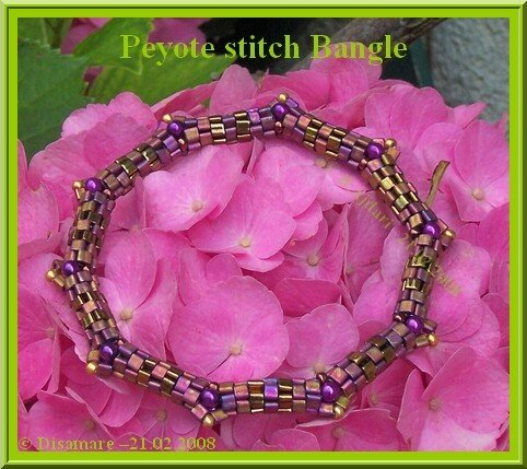 Peyote stitch bangle