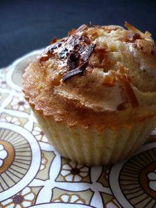Muffins_au_lait_de_coco__pic__et_aux_marshmallows_fondus
