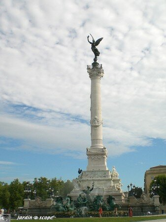 7136_Monument_aux_Girondins