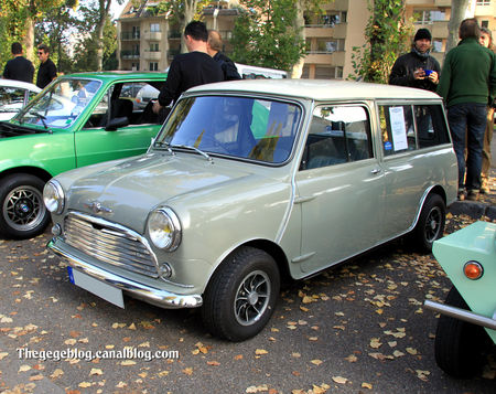 Morris_mini_minor_traveller_de_1964__Retrorencard_octobre_2011__01