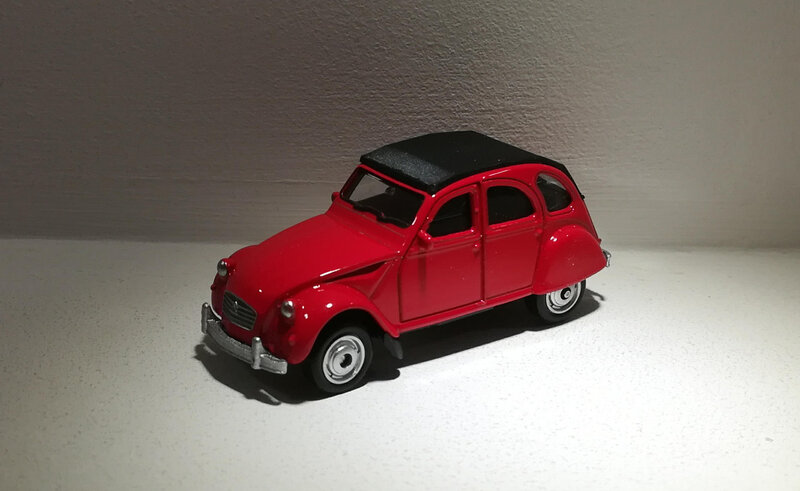 Citroen 2CV (Welly) 02