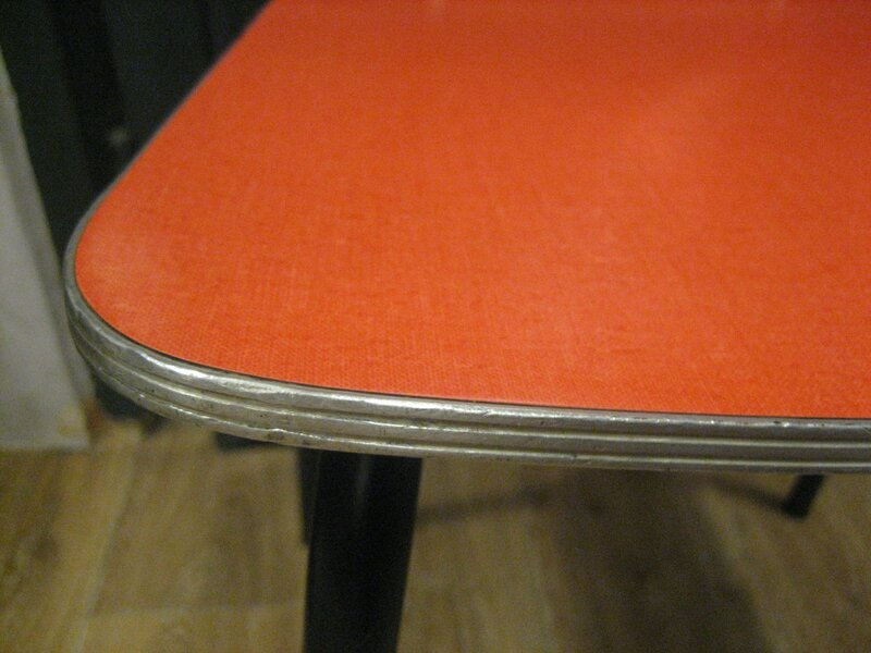chaise formica 006