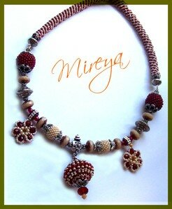 Collier_Rouge_Cr_me_1