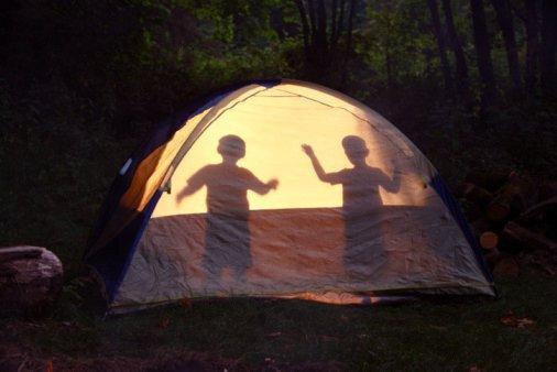 Une-nuit-dans-la-tente_galerie_large