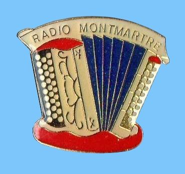 Accordéon Pin's Montmatre