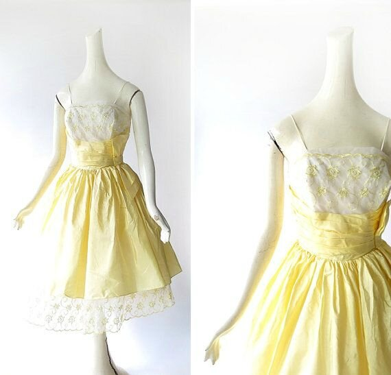 robe bouton d'or années 50