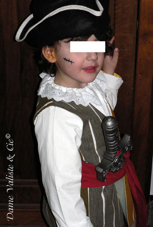 Costume_Pirate_04