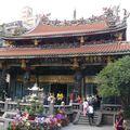 2010-11-02 Taipei - temple Longshan x (90)