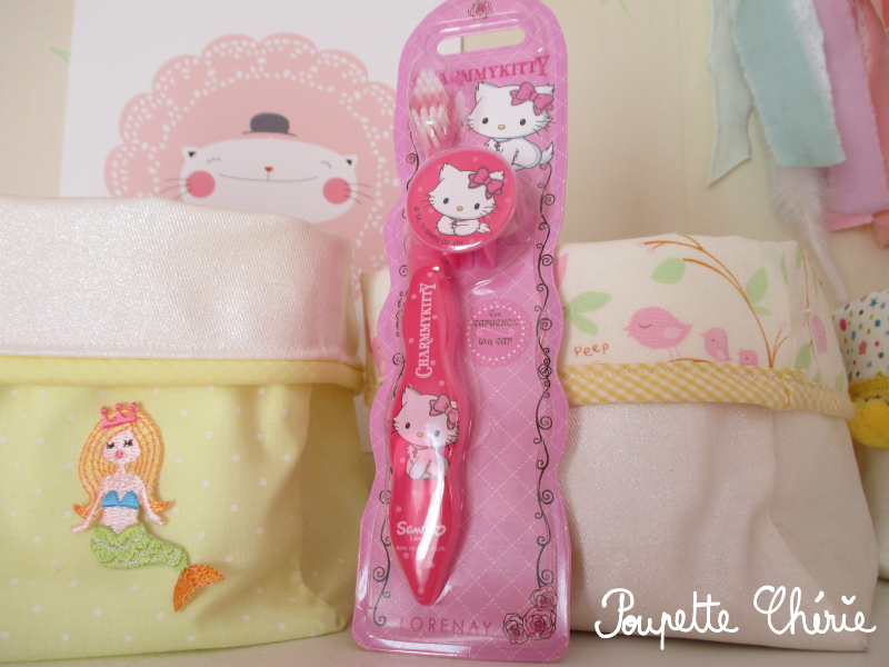 Brosse à dents Hello Kitty 01