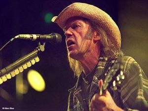 neil_young_02