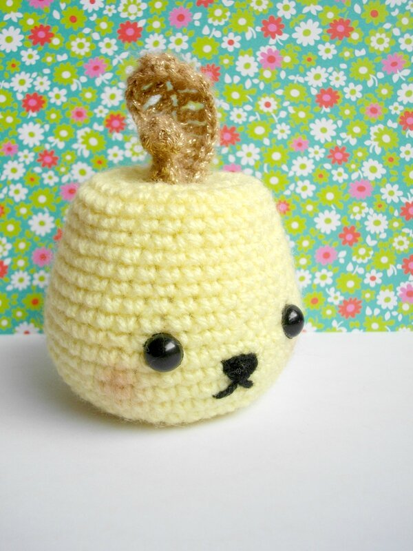 golden-apple-tournicote-diy-pomme-crochet