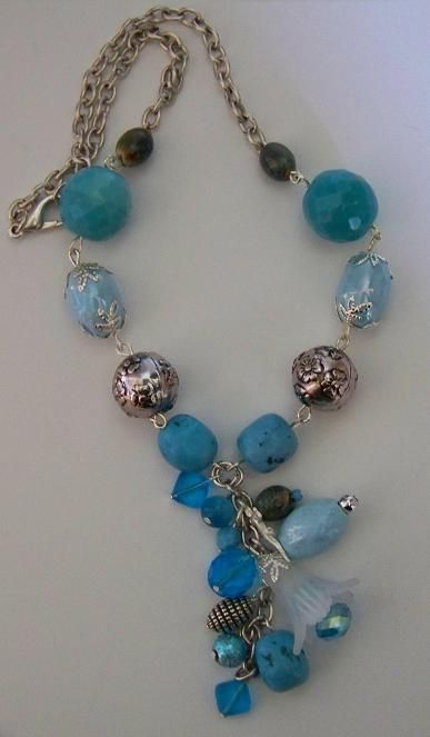 collier court turquoise