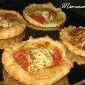 Tartelettes au maroilles, tomates, origan humm ça sent bon ! entrée et apéro on y go !