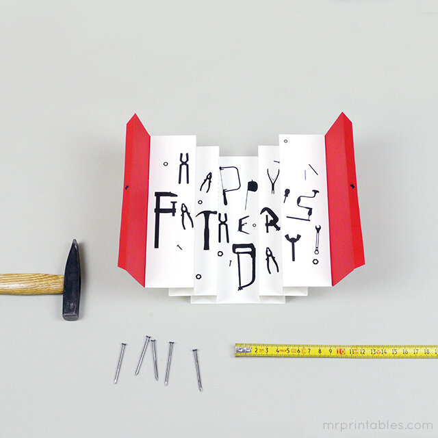 happy_fathers_day_card_3d_toolbox