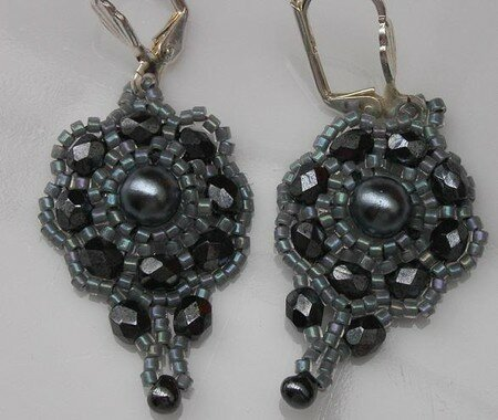 BO_Classic_Victorian_Earrings