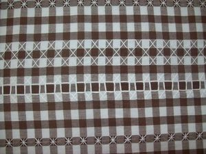 NAPPE BRODERIE SUISSE (5)